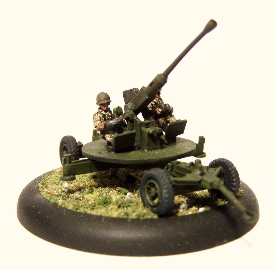 37mm AA guns & Crew